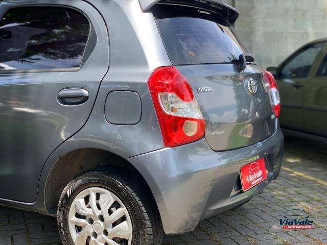 Toyota Etios 2013 1.3 HB XS 16V Flex 4P/ Ar Condicionado/ Completo - Foto 6