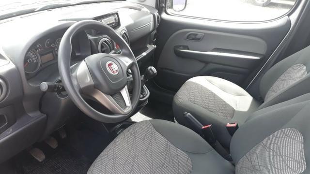 Fiat Doblo Essence 1.8 Flex 16V 5p - Prata - Foto 3