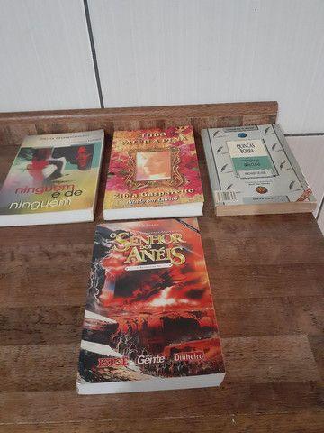 Livros senhor dos anéis + outros titulos - Foto 2