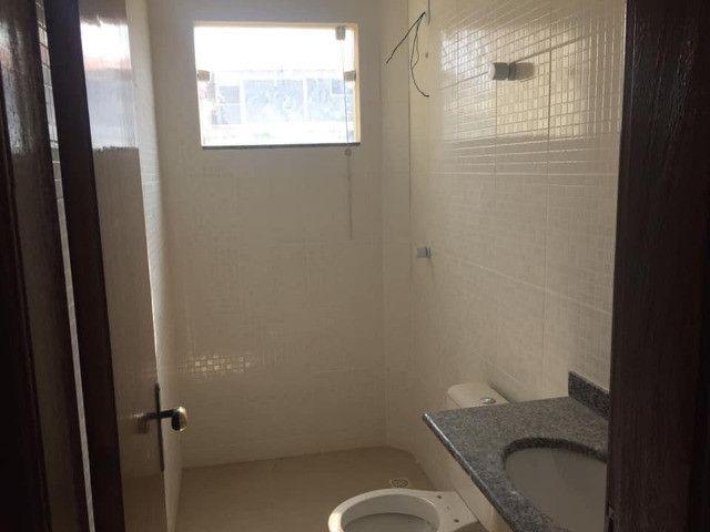 Apartamento à Venda com 2 quartos,sendo 1 suíte, 1 vaga e 72m² por R$ 210.000 - Foto 12