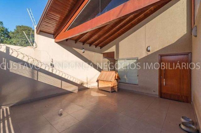 Casa rica em planejados com 3 quartos no Rita Vieira! - Foto 2