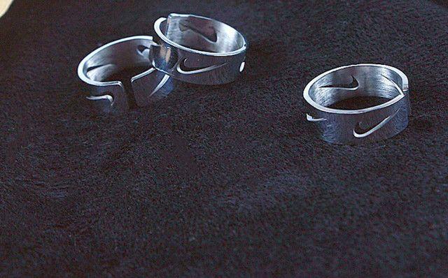 Anel e bracelete NIKE de INOX não perde cor - Foto 2