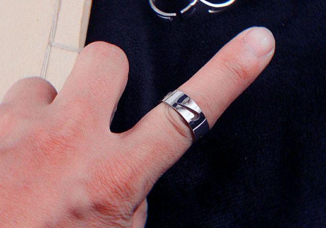 Anel e bracelete NIKE de INOX não perde cor