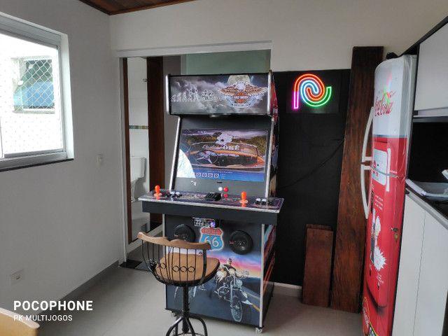 Fliperama 1.100 jogos arcades 32 pol com Karaoke 9.900 musicas - Foto 4