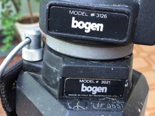 Tripé bogen para máquinas fotográficas e filmadoras