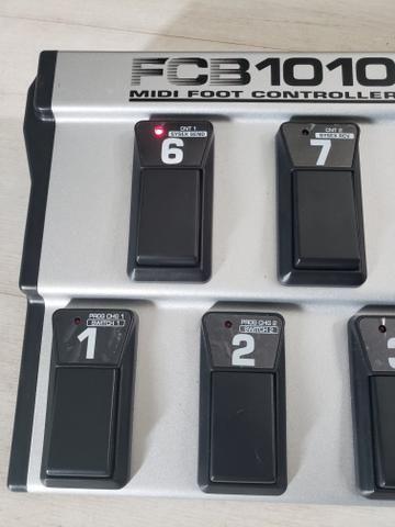 Pedaleira Behringer Fcb 1010 Midi Foot Controler - Foto 3