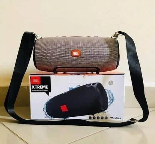 Caixa de Som JBL Xtreme Speaker, com todos os acessórios Com Alça - Foto 2