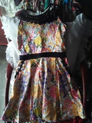 Vendo este lindo vestido crianca - Foto 2