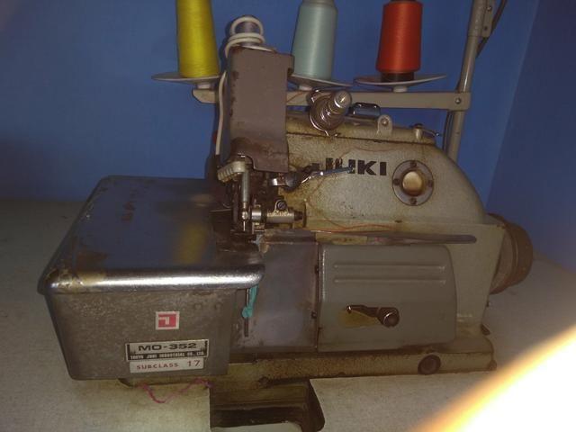 Máquina de costura overlock juki !