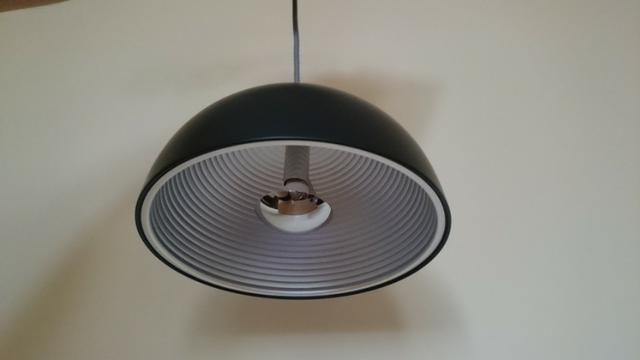 Luminária pendente em aço preto com prata Bella 24cm SE240P + 01 Lâmpada LED E27