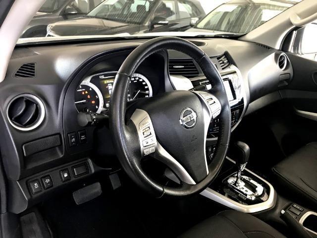 Nissan Frontier LE CD 4x4 2.3. Prata 2017/17 - Foto 8