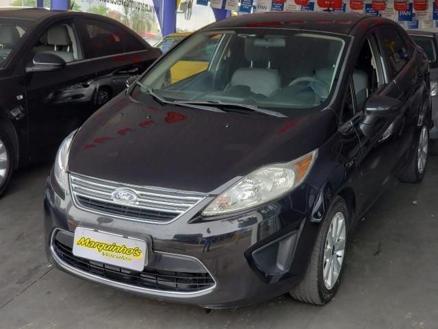 Ford Fiesta SE Sedan 2011