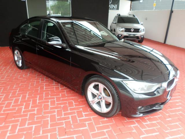 BMW 320I 2.0 16V TURBO ACTIVE FLEX 4P AUTOMATICO - Foto 5