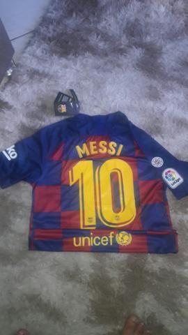 Camisa do liverpool e do Barcelona - Foto 3