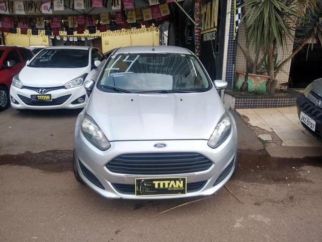 New Fiesta 1.5 ano 2014. Ent.R$8.000 - TITAN MULTIMARCAS - Foto 6