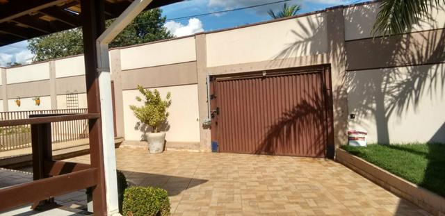 Casa e Terreno com Piscina e Área de Lazer - Foto 4