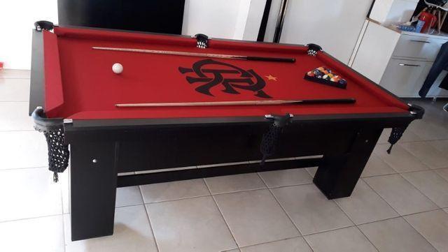 Mesa Charme Semi Cor Preta Tecido Vermelho Logo Flamengo Mod. GBOP6486 - Foto 3