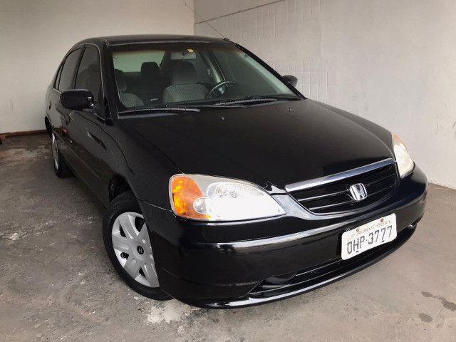 Honda Civic 2002 LX 1.7 - Carro muito novo