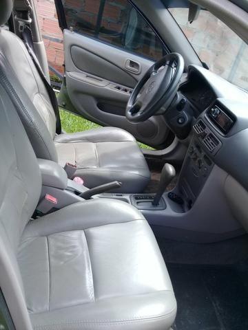 Vende um corola câmbio automático 2001 - Foto 7