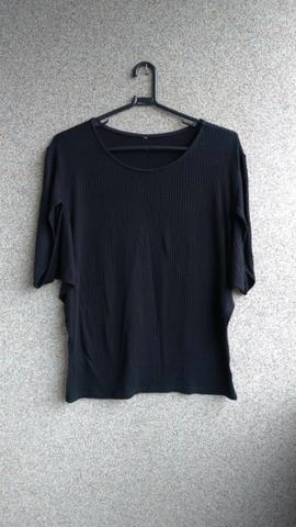 Blusas femininas e vestido - Foto 3