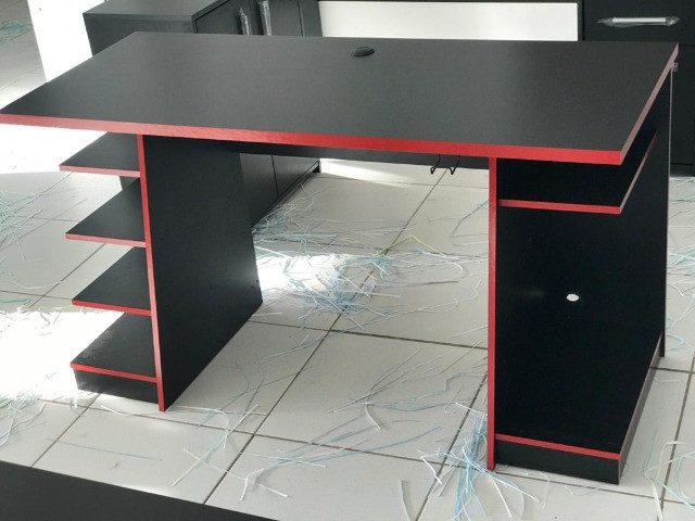 Mesa Gamer Nt 2020 cor preta e vermelho - Foto 4