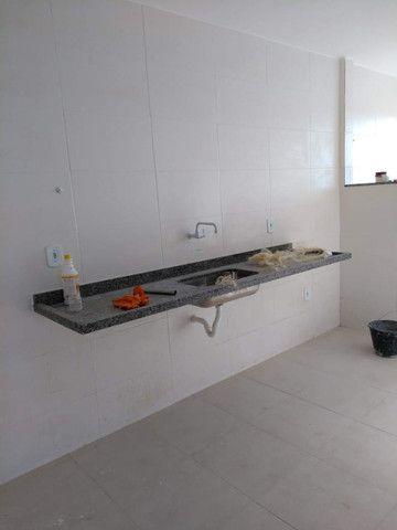 Apartamento à Venda com 2 quartos,sendo 1 suíte, 1 vaga e 72m² por R$ 210.000 - Foto 4