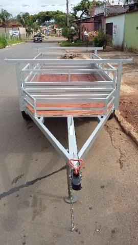 Carretinha reforçada no tamanho de 2,50x1,26 com fecho de mola da ranger para 1000kg
