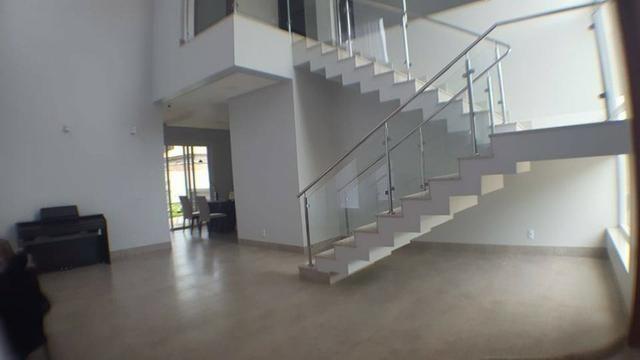 Sobrado 3 Suítes + Escritório, 263 m² no Condomínio Privillege
