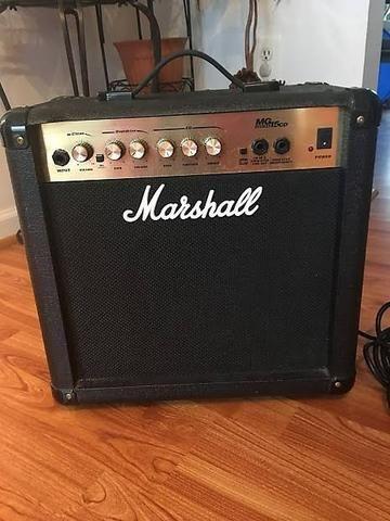Amplificador / cubo para guitarra Marshall MG15 - Foto 2