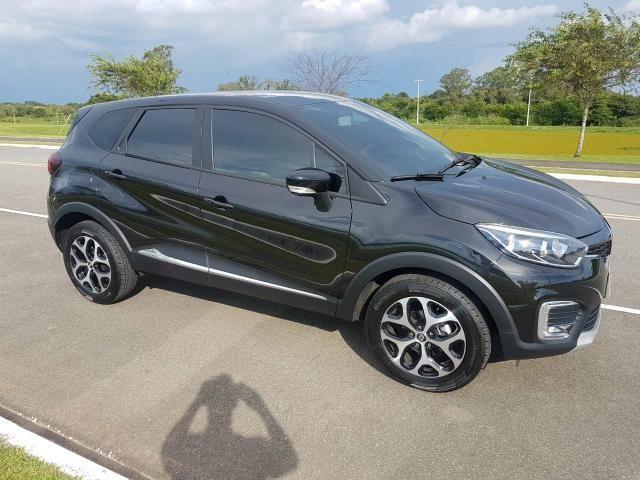 Renault Captur Intense 1.6 CVT 8 mil km 2019
