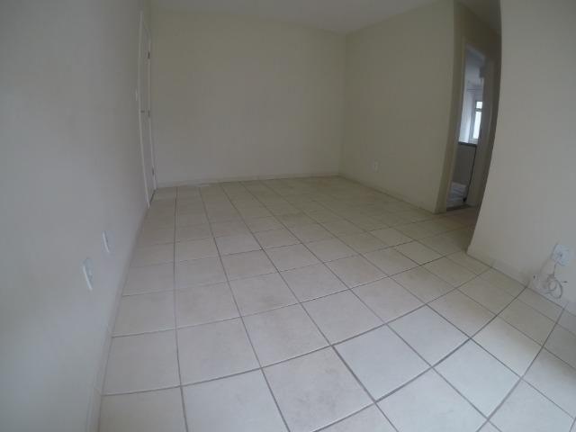 RCM - Apartamento 2 Q em colina de Laranjeiras - Foto 7