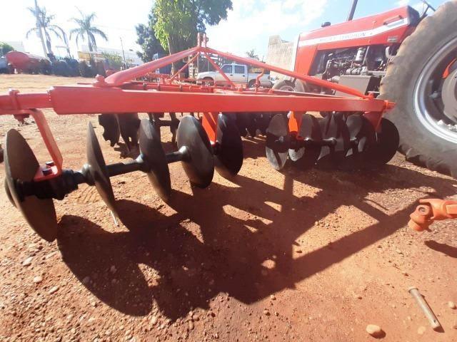 Grade X Niveladora 24 Discos Hidráulica Massey Ferguson - Nova Andradina - MS - Foto 2