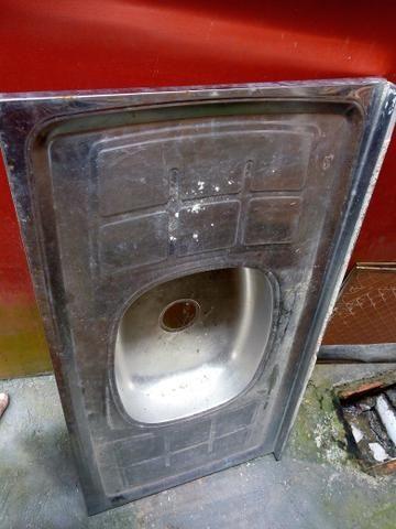 Vendo ou troco uma pia de aço inox concretada pequena troco por um fogão elétrico $80.00 - Foto 2