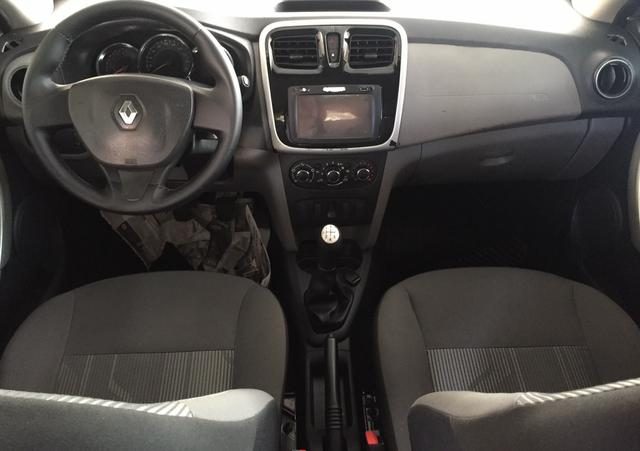 Renault Logan Expression 1.0 14/14 - Foto 5