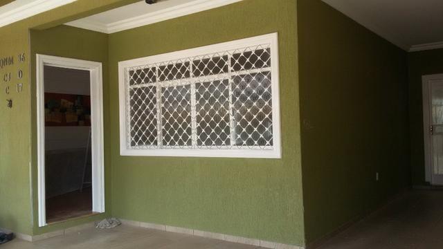 QNM 36, linda casa com 04 quartos sendo 01 suíte. Ac Financiamento - Foto 2