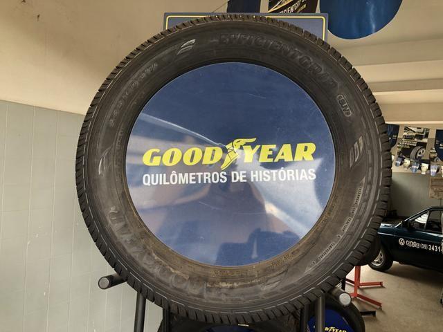 Pneu 235/60 R17 Goodyear EfficientGrip