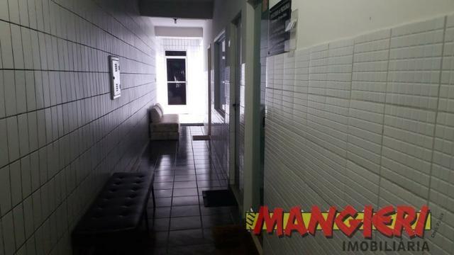 Aluga-se salas em galeria no Bairro São José - Foto 9