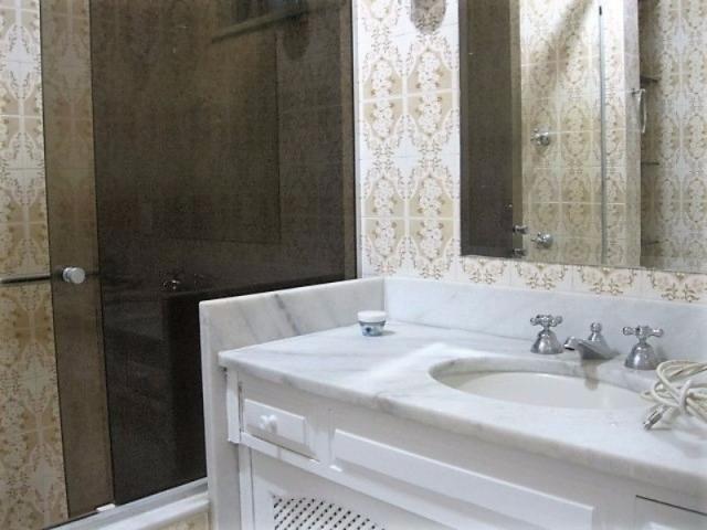 Apartamento impecável na excepcional e tranquilíssima Rua Barão de Jaguaripe !! - Foto 8