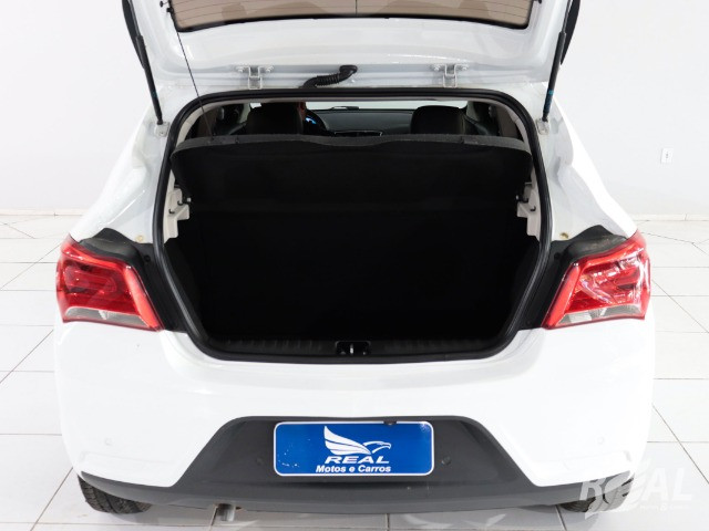 Gm - Chevrolet Onix LTZ 1.4 Completo Financio Até 60X Com Entrada De Apenas 7 Mil - Foto 17