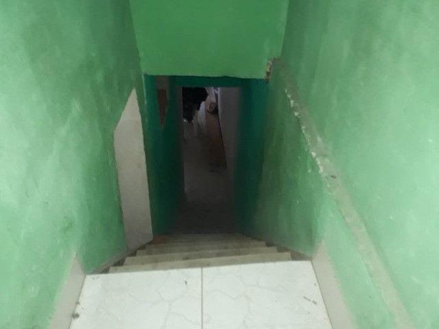 Casa 3 cômodos Jd Tarumã. Incluso água, luz, IPTU e garagem pra 2 carros pequenos. - Foto 9