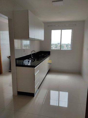 Apartamento com 3 dormitórios para alugar, 104 m² por R$ 2.500,00/mês - Cancelli - Cascave - Foto 3