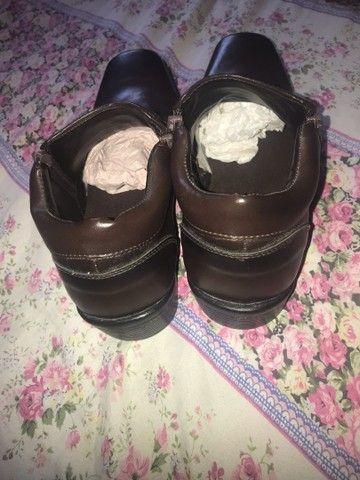 bota de couro - Foto 2