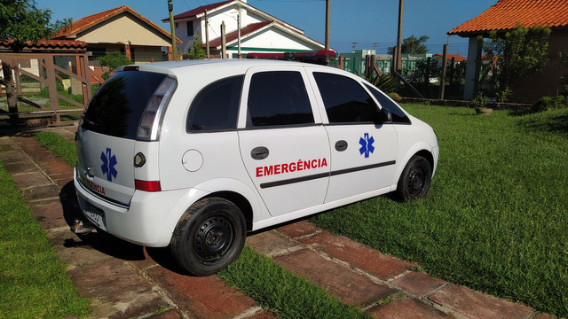 Meriva 2010 ambulância home Care - Foto 4
