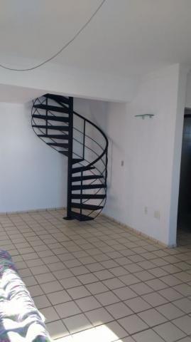 Apartamento tipo duplex com área privativa