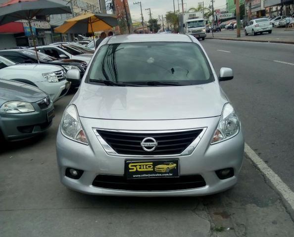 Attractive Nissan Versa Sv 1.6 2013 Completo