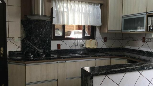 Linda casa no bairro iririú | 01 suíte + 02 dormitórios | averbada - Foto 6