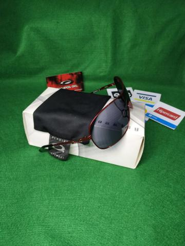 Oakley collected cayenne red lentes grey - Foto 2