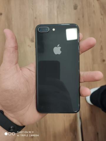 Iphone 8 Plus - 64 GB - Foto 2