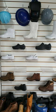 Botas, botinas, calçados de segurança