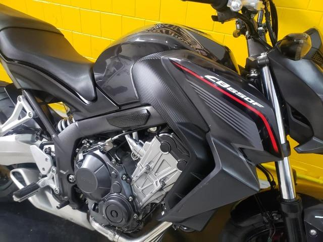 Honda Cb 650 F 2015- Preta - km 14.000 - Foto 4